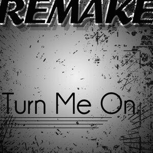 Turn Me On (David Guetta feat. Nicki Minaj Remake) - Single