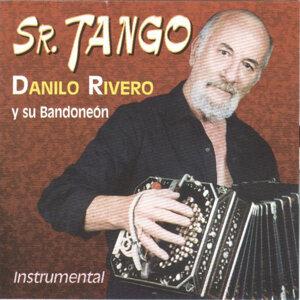 Sr. Tango (Instrumental)