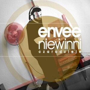 Envee & Niewinni Czarodzieje