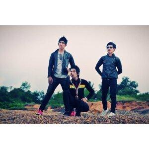 Dymara Band