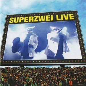 Superzwei Live