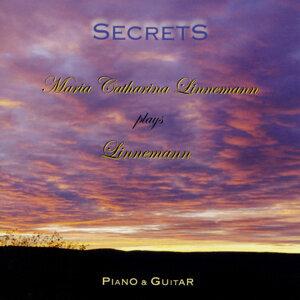 Secrets [Maria Catharina Linnemann plays Linnemann - Piano & Guitar]