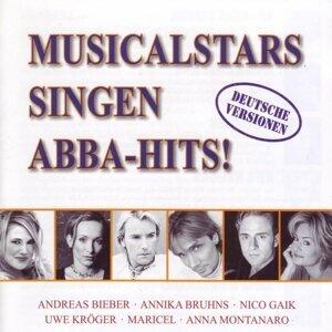 Musicalstars singen ABBA-Hits