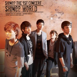 THE 1ST CONCERT ALBUM 'SHINee WORLD