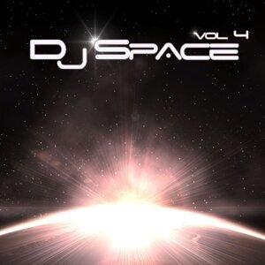 DJ Space Vol. 4