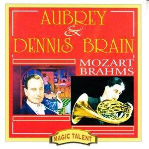 Mozart: Divertimento - Brahms: Horn Trio