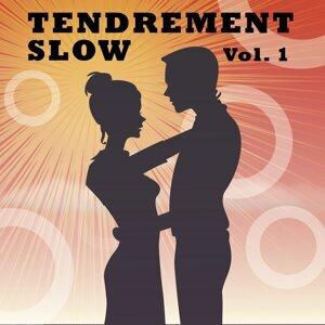 Tendrement Slow, Vol. 1