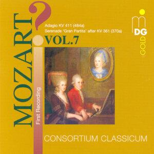 Mozart: Wind Music, Vol. 7