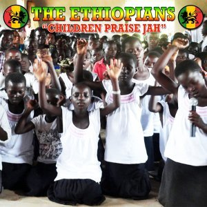 Children Praise Jah -