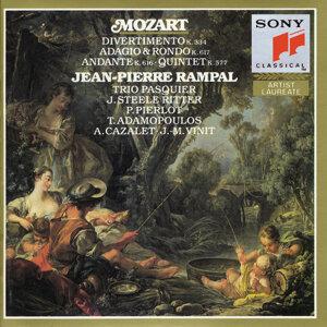 Mozart: Divertimento, K. 334; Quintet, K. 557; Andante, K. 616; Adagio and Rondo, K. 617