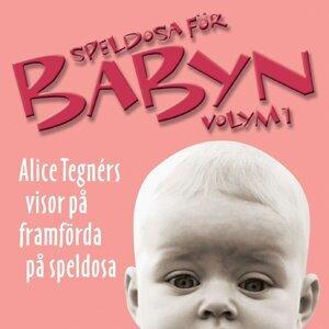 Speldosa För Babyn Volym 1