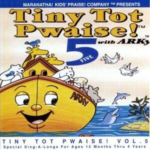 Tiny Tot Pwaise! 5