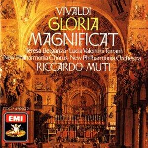 Vivaldi: Magnificat/ Gloria