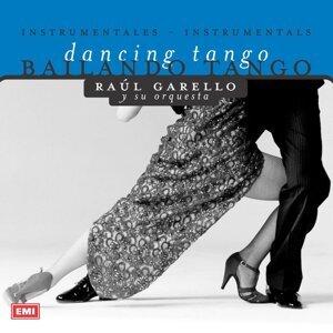 Bailando Tango