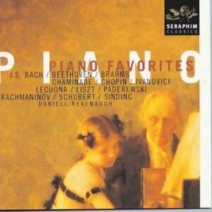 Popular Piano Classics: Daniell Revenaugh