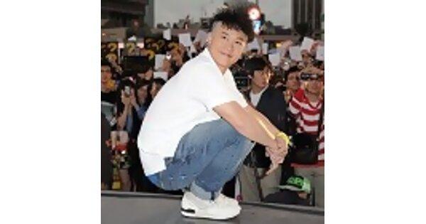 陳奕迅台中飆唱30曲 台北冒雨簽唱拼周董 