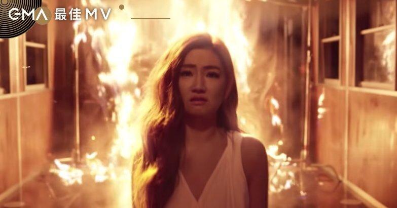 剖析8部入圍MV :陳奕仁〈怪美的〉〈十七〉互打,黃明志拍「自殺」探討校園霸凌