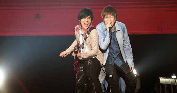 五月天人生無限公司演唱會香港站 萬人打卡齊齊OT