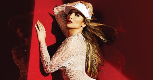 拉丁歌手第一人!珍妮佛洛佩茲奪下MTV先鋒獎