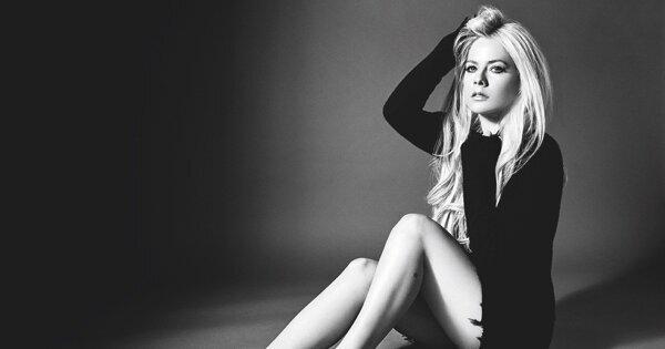 「音樂讓我活下去」Avril Lavigne瀕死寫〈Head Above Water〉重返歌壇
