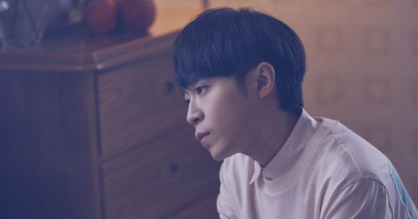 吳青峰〈歌頌者〉MV超催淚!談出道15年心境「不是唱功好的人」