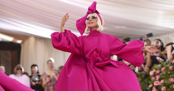 【2019 Met Gala】女神卡卡一路脫、凱蒂佩芮變身水晶燈!時尚奧斯卡今年超浮誇