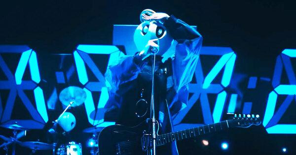 「神啊、我已經察覺到了」談覆面系樂團,主唱:該被評價的只有音樂|日語速爆新歌