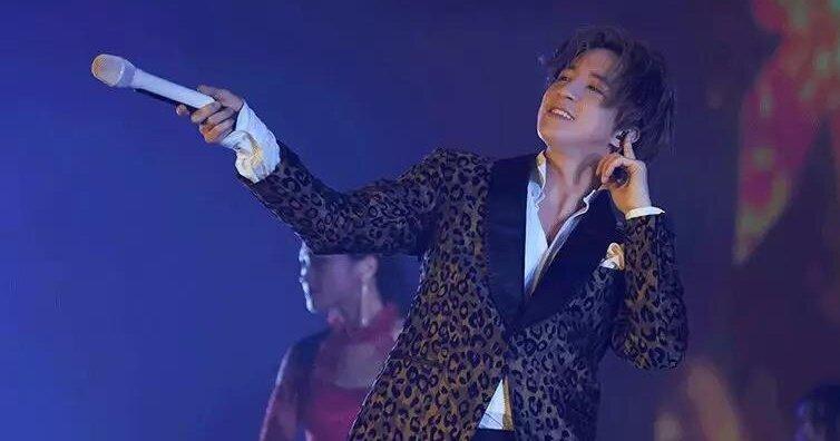 薛之謙《摩天大樓》巡演最終場大秀粵語 八字告白粉絲「暖心之舉」