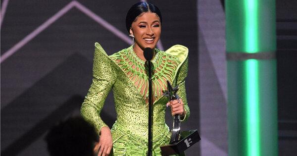 Cardi B奪「年度專輯」 成為黑人娛樂電視大獎大贏家!