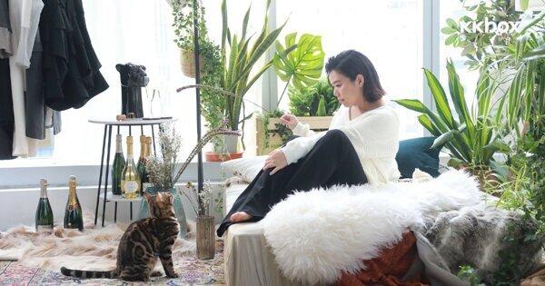 鄧小巧新歌〈香檳女狼〉逃離都市生活 貓咪出鏡拍MV加倍療癒