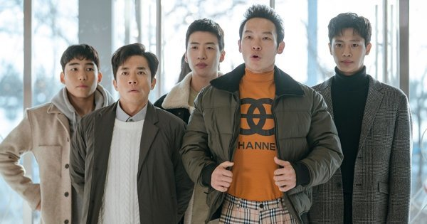 """《爱的迫降》8大配角揭秘:北韩F5的他是童颜大叔!赵哲强是韩版""""摇滚芭比"""""""