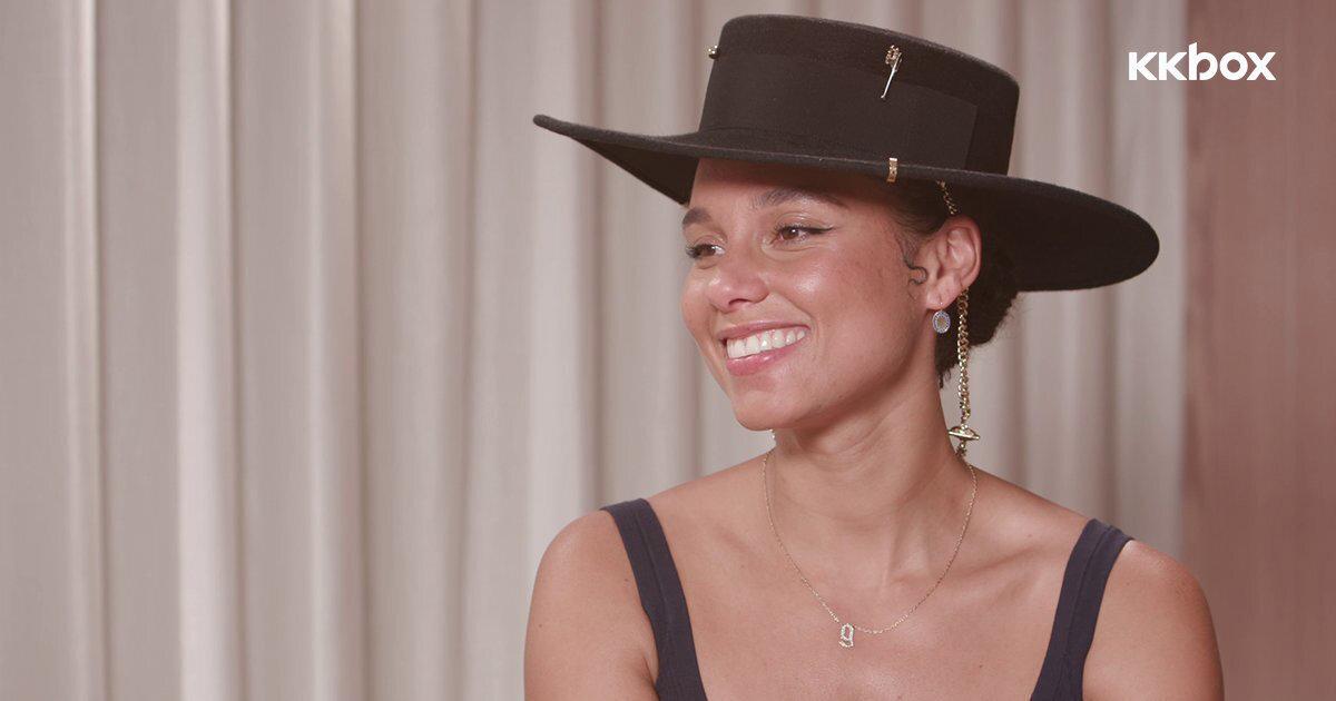 獨家專訪 / Alicia Keys用音樂展示真我多面向!鼓勵大家「傾聽自己、相信直覺」