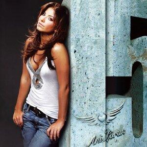 Ани Лорак 歌手頭像