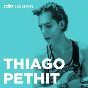 Thiago Pethit 歌手頭像
