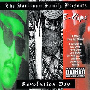 Darkroom Family Presents E-Clips 歌手頭像