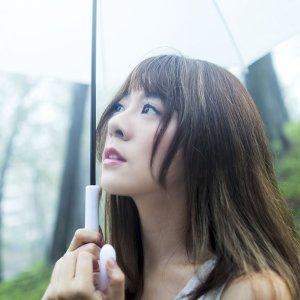 解偉苓 (Yvonne Hsieh) 歌手頭像