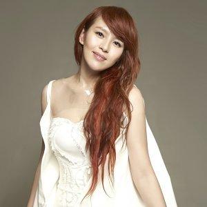 劉品言 (Esther Liu) 歌手頭像