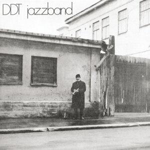DDT Jazzband 歌手頭像