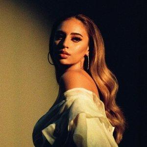 Alina Baraz 歌手頭像