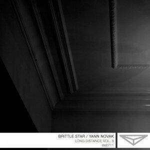 Yann Novak, Brittle Stars 歌手頭像