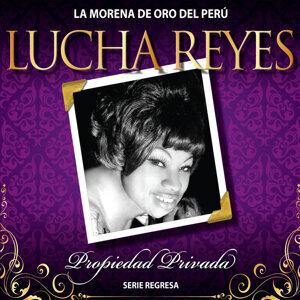 """Lucha Reyes """"La Morena De Oro Del Perú"""""""