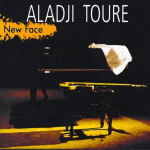 Aladji Toure 歌手頭像