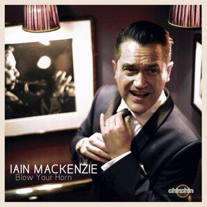 Iain MacKenzie 歌手頭像