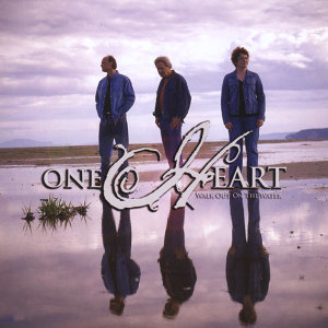 ONE HEART 歌手頭像