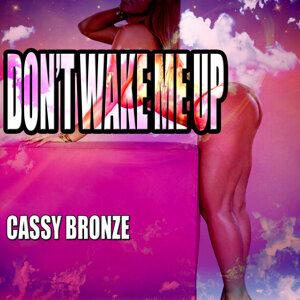 Cassy Bronze 歌手頭像