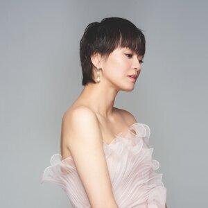 梁咏琪 (Gigi Leung)