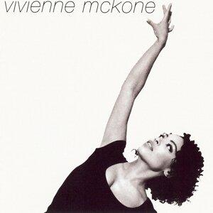 Vivienne McKone 歌手頭像