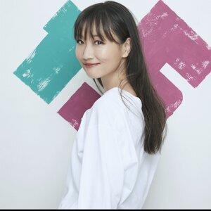 大塚 愛 (Ai Otsuka) Artist photo