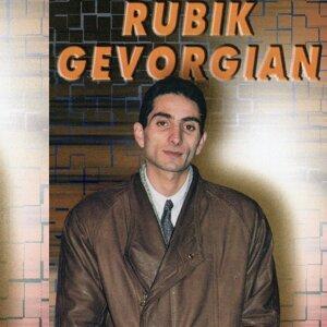 Rubik Gevorgyan 歌手頭像