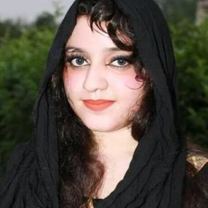 Zarka Khan 歌手頭像